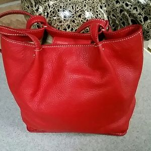 😍Talbots Small Leather Bucket Bag😍